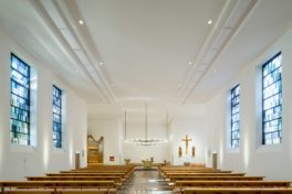 Raumakustik verbessert in sanierter Frankfurter Diakonissenkirche