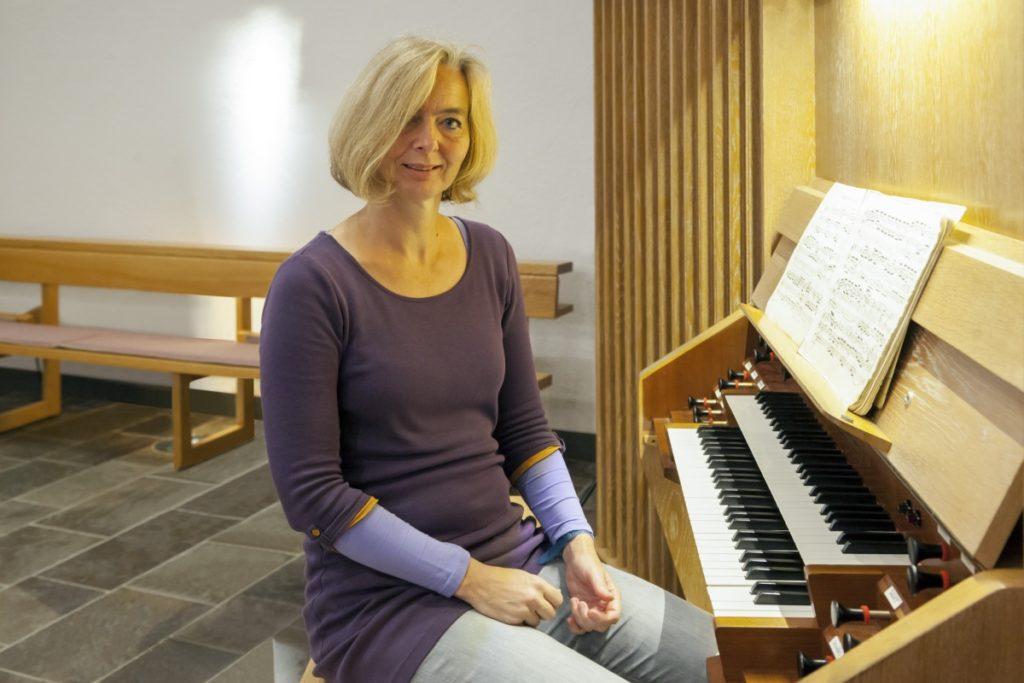 Kirchenmusikerin Karen Schmitt: Die Kirchenorgel klingt wieder klar.