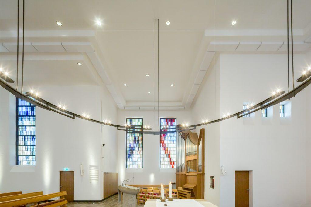 Raumakustik in der Frankfurter Diakonissenkirche besser als vor der Sanierung.