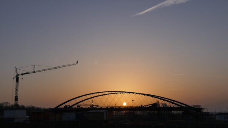 CFK für Stuttgarter Stadtbahnbrücke
