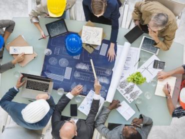 Bauindustrie: Warum die Produktivität gesunken ist — und was zu tun wäre