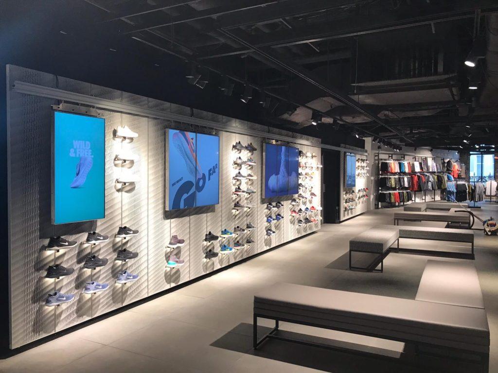 3D-Druck-Plattform: Displaywände für Nike-Store