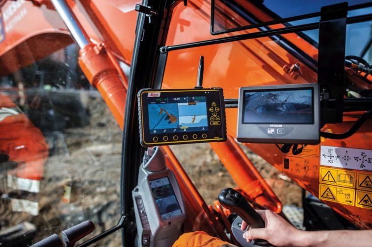 Baugrube für Pandion Verde: Bagger wird per GPS gesteuert