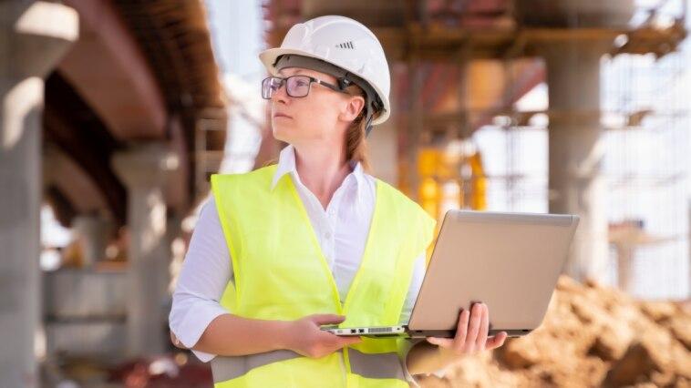 Bauleiter sparen Zeit mit App für die digitalisierte Baustelle